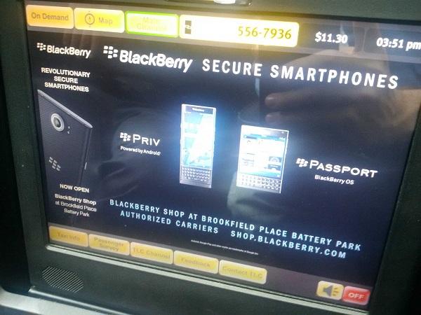 BlackBerry, campagna pubblicitaria sui mezzi pubblici di New York.jpg