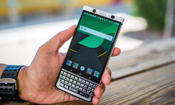 blackberry-keyone-review-aa-10-of-30-840x561.jpg