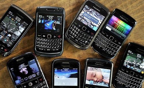 blackberrys_2466157k-710x434.jpg